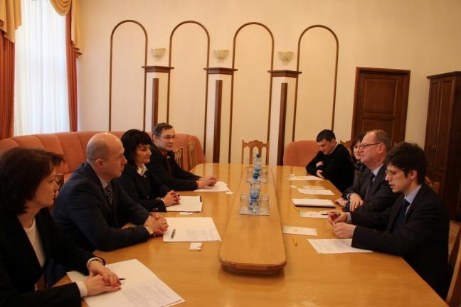 Под руководством Конончук Т.П. состоялась встреча депутатов Палаты представителей с директором Регионального представительства Фонда имени Ф. Эберта в Украине и Беларуси М.Бубе.